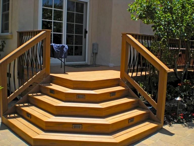 Beautiful Farmhouse Front Porch Steps Ideas
